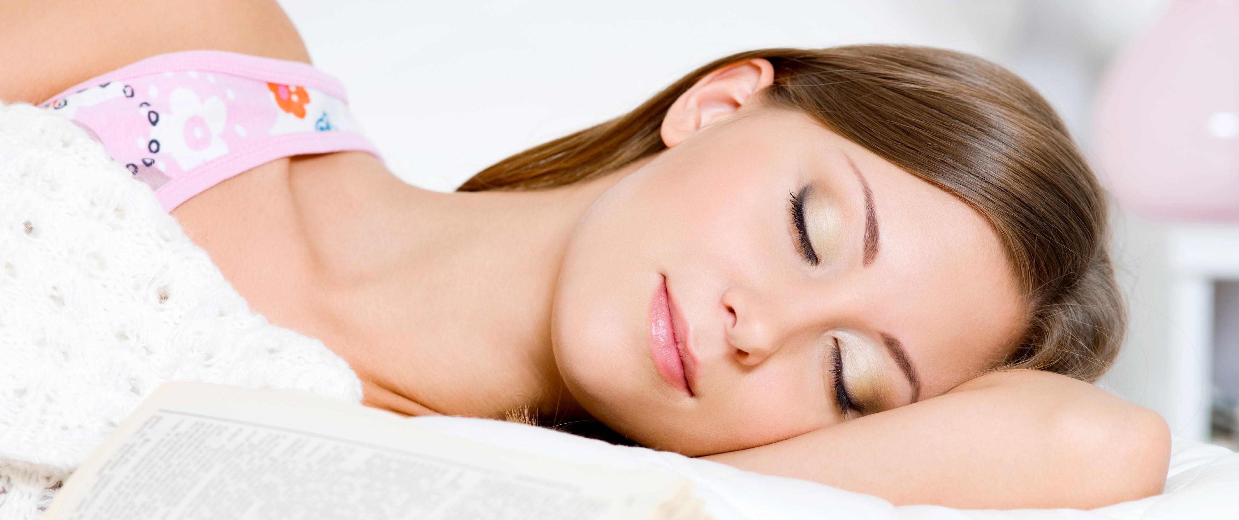 A jó alvásról tudományosan A chronbio-pszichológiai rendszerterápia